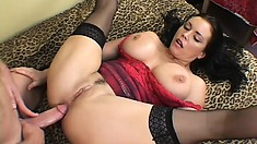 Angelica Sin gives into temptation and begs for anal slamming