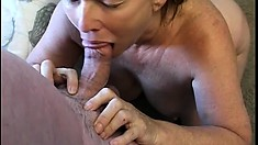 Stacked mature lady gets nailed hard and takes a huge load on her face