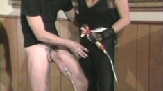Classic hardcore action as this guy pumps up his pecker then pounds her pussy with it