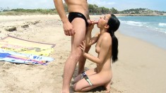 Sexy Slim Brunette Tourist Has A Guy Drilling Her Pussy At The Beach