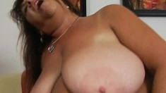 Hefty mature with huge knockers blows and gets her old twat tapped