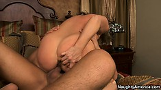 Busty Kandi Cox gives a blowjob while also doing a tittyfucking