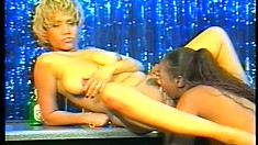 Kinky Lesbian Whores Put Up A Show Fucking Each Other On A Bar