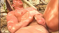 Stallion Mark Dalton shows off his ripped body while jacking off
