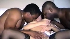 Mature Milf slut likes big black cocks