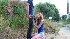 Blowjob and facial outdoor