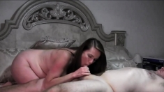 Pregnant BBW gets fucked on webcam