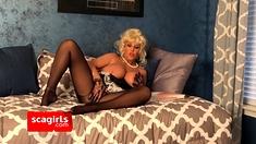 Sexy Maid Samantha Finds Some Porn.